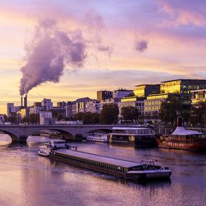 Paris, péniche, traversée