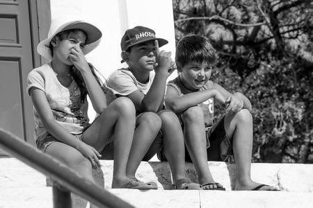 Grèce, kid noir blanc portrait, Noir et Blanc