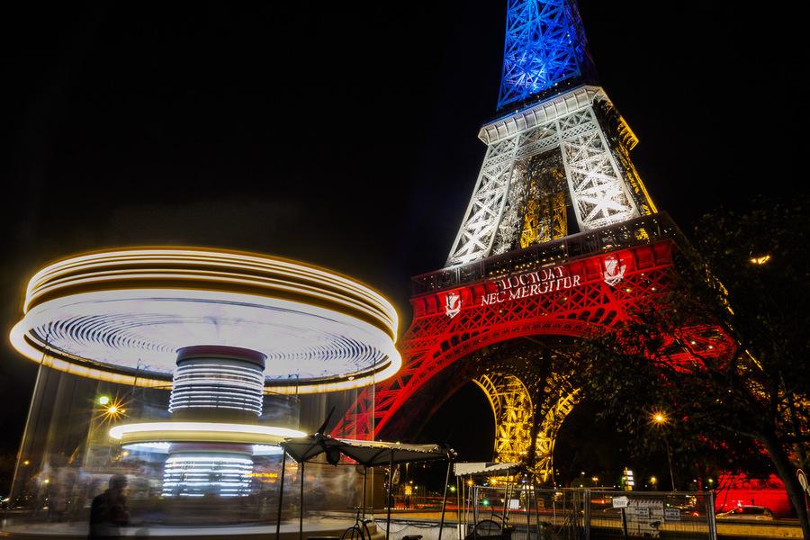 Tour Eiffel tricolore
