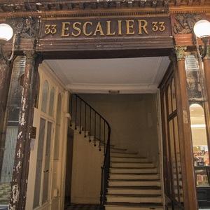 escalier, Galerie Vero Dodat