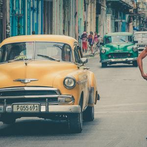 La Havane, voiture, voiture américaine, voiture ancienne, tatouages