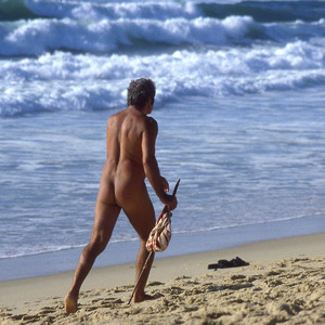 Humain, plage, naturisme