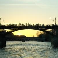 paris pont coucher de soleil