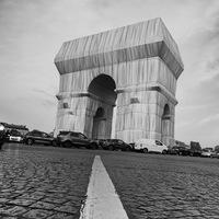 L'Arc de Triomphe s'emballe