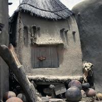 Grenier à grain dogon 'Mali)