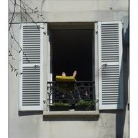 Bronzage à la fenêtre